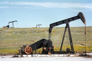 Buy These 3 High-Yielders Profiting from the Permian Bottleneck